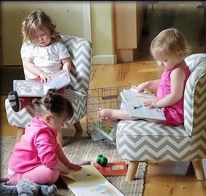 Kids reading books in a group